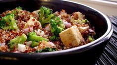 Red Quinoa & Broccoli Salad with Almond-Honey Vinaigrette almond honey, almonds, broccoli salad, food, red quinoa, almond butter, honey vinaigrett, quinoa broccoli, salads