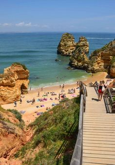 The Algarve, Portugal in 3 Perfect Days - Praia do Camilo  #travel #algarve #portugal #beaches