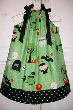 Halloween Pillowcase Dress BOO TO YOU Green Riley Blake. $16.99, via Etsy. #rileyblakedesigns #bootoyou #halloween #dress