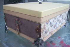 Beautiful brown and tan keepsake box by samanthahollins on Etsy, $25.00