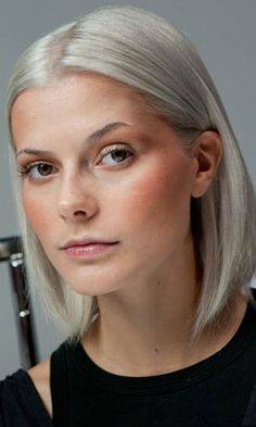grey bob - Interesting that the young are dying their hair gray and those of us for whom it has come naturally are covering it up.