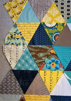 Blogger's Choice: Angela Pingel - Fat Quarter Shop's Jolly Jabber