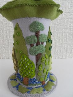 Felt trees pincushion