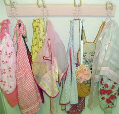 Cute vintage aprons Spring Easter Bunny and Pink! #aprons