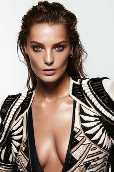 Hot Daria Werbowy  Image 288 - more at http://modell.photos Topmodel Catwalk 2014 Fashion @modell.photos