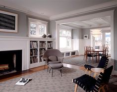 Modern-Furnishing-Craftsman-Style-Homes. White trim fireplace and built ins.