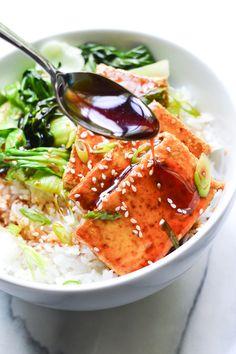 Crispy seared tofu glazed with sweet teriyaki sauce #vegan #recipe #30minutemeal