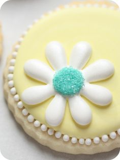 daisy cookies from Sweetopia