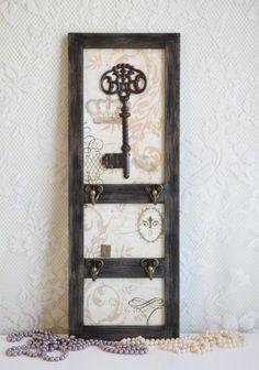 old keys, vintage keys, weekend project, skeleton keys, front doors, key holders, vintage homes, home offices, antique keys