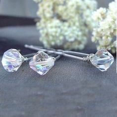 Tutorial for making elegant, sparkling, EASY Swarovski hairpins. Perfect for a wedding or special occasion.