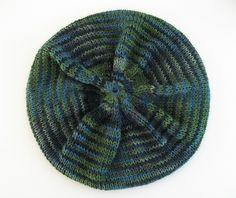 free hat pattern on Ravelry