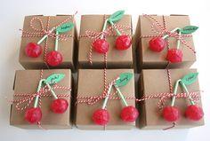 cajitas cherri, happy birthdays, gift wrapping, birthday parties, lollipop, party invitations, wrapping gifts, birthday invitations, daughter