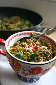 """Thai Peanut Curry Lentils with Spinach. Use a tad of maple syrup or coconut palm sugar instead of """"sugar"""" in this recipe"""