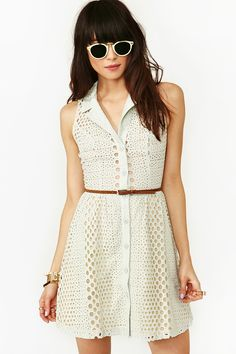 Bubbly Lace Dress  Lace Top #2dayslook #LaceTop #sunayildirim #lily25789  www.2dayslook.com