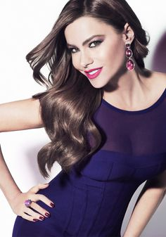 Get to know our fabulous COVERGIRL Sofia Vergara!