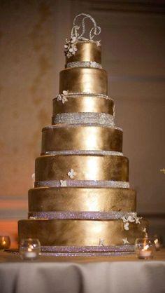 Wedding ● Cake ● Gold