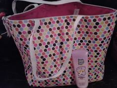 Easter basket for teens: Beach tote filled with beach towel, sunscreen, flip flops, sunglasses & a new bathing suit!