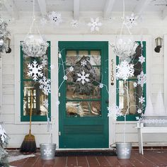 sweet snowflakes, lovely door color
