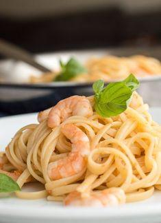 Recipe: Shrimp Pasta with White Wine Sauce
