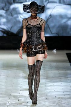Gothic Couture: Alexander McQueen Spring 2013 RTW