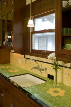 Pratt and Larson Tile and Stone: Tile for Your Craftsman Home