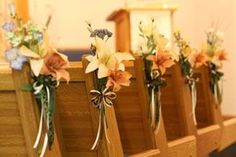Rustic Church Wedding Altar Decorations | ... down to know some exquisite yet simple church wedding decorations church weddings, wedding altars, wedding decorations, church pew ideas wedding, pew decorations, church pews, aisl, pew flower, flowers