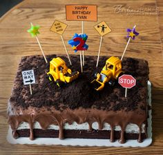 Super cute!! Chocolate Oreo Construction Cake - from @Barbara Schieving {Barbara Bakes}