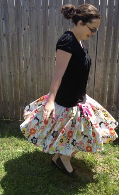 fresh juniper: The San Antonio Stroll Skirt Tutorial
