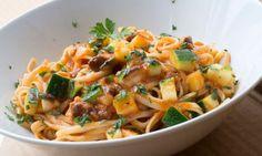 Receta de Tallarines con verduras y sardina vieja
