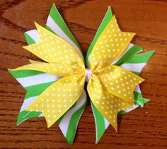 Baylor Bears inspired Green and Gold Hairbow