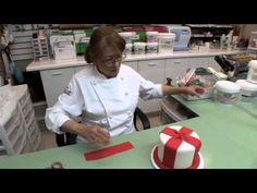 Mercedes Strachwsky | Valentines Cake