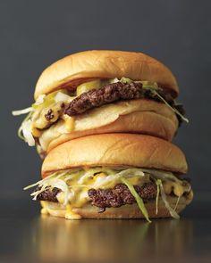 How to make a classic American cheeseburger. YUM.