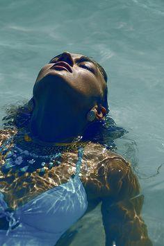 { swimming }