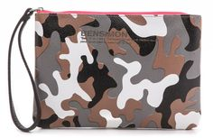 Love this Bensimon camo zip clutch for under $30