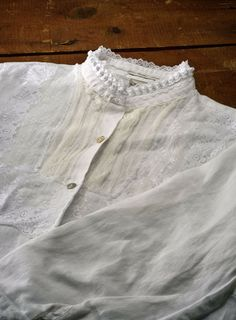 Steampunk Lace Shirt: take a plain white button-front shirt and embellish. Details/tutorial at link.