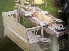 nice outdoor set up, from the chairs to the chandelier--Junk Beautiful Outdoor Edition   bySue Whitney,Douglas E. Smith (Photographer)