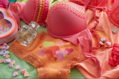 We heart our candy coated Drew Smooth Studded Pushup Bra and Daydream Fragrance. Perfect for a night out!