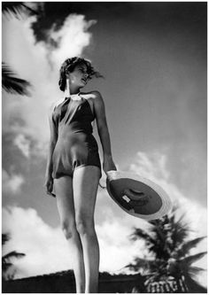 Photo Toni Frissell Model in a 1935 beach look Condè Nast Archive Vogue
