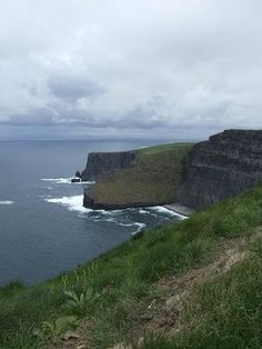 The Cliffs of Moher...It looks like the place from Pride & prejudice! I wanna go here!
