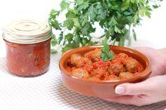 Albóndigas caseras en salsa de tomate