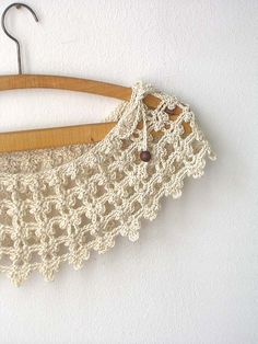 Champagne Lace Collar by callmemimi on Etsy, €30.00