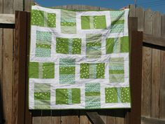 Pattern for crib quilt - love the greens.  Could be a great St. Patrick's day quilt too!