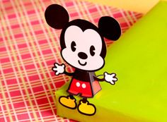 Free printable: Mickey/Minnie Mouse Cutie