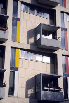 Henri Ciriani, Housing, rue du Chevaleret, Paris