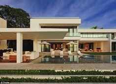Simon Cowell's Miami Haven {Flawless backyard architecture}