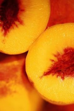 How to Freeze Peaches Without Them Turning Dark
