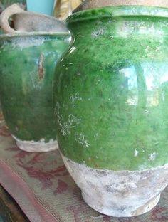Provençal green antique jars