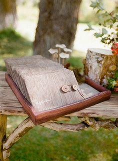 wooden tienot invitation