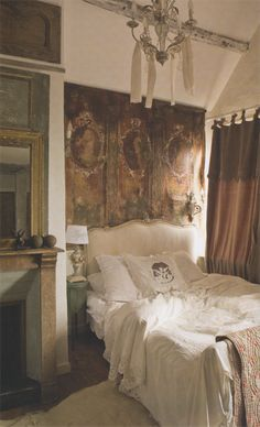 love this bed and tapestry