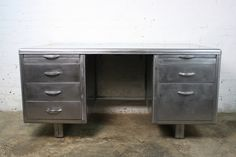 Vintage art deco desk   Price £999.00 + P  Freight shipping only.  Click here for a quote